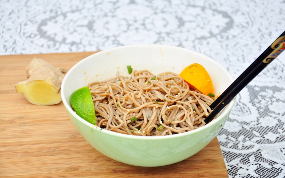 Lace tablecloth soba noodles