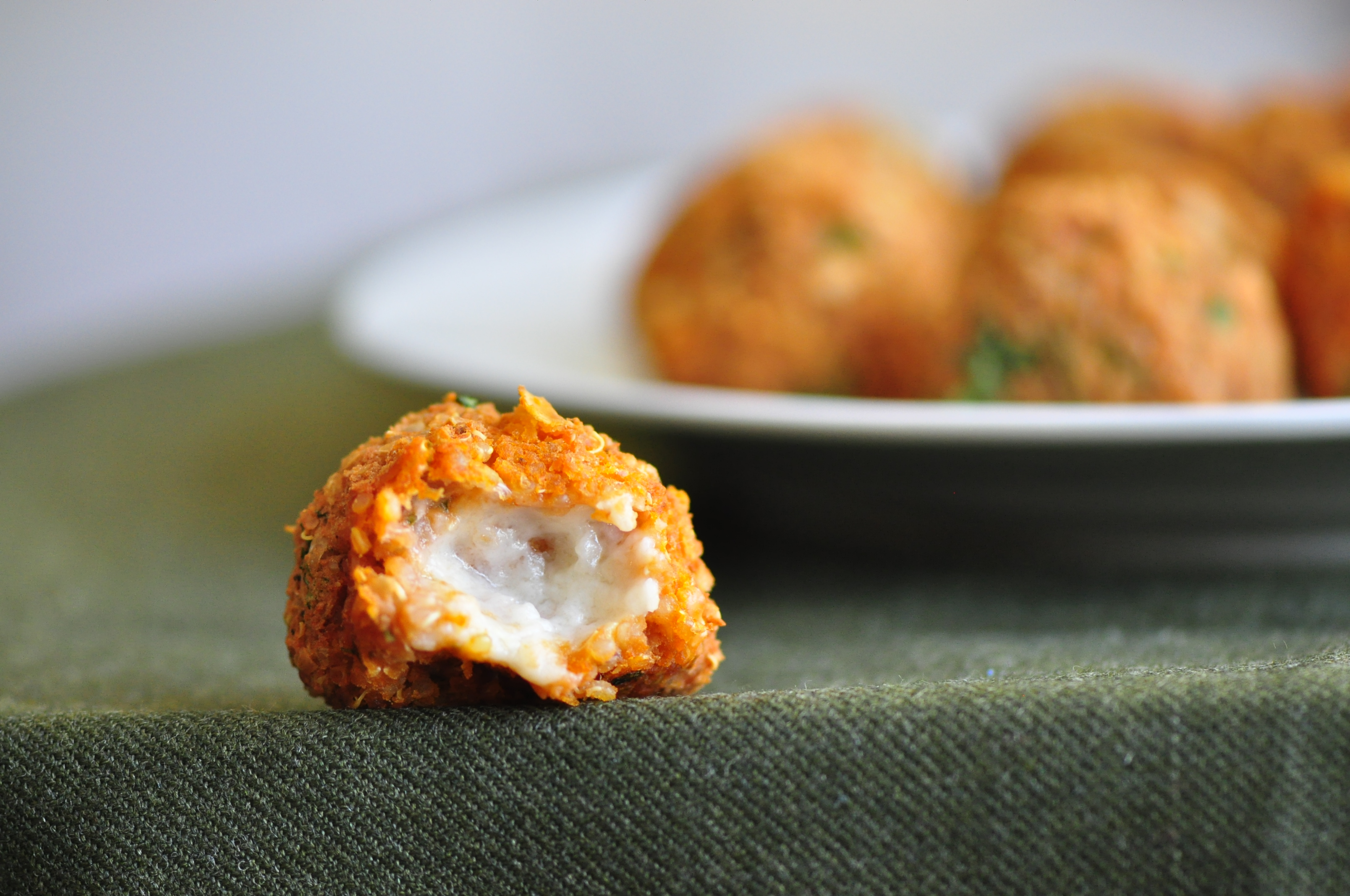 Quinoa Pizza Balls | the vegetarian ginger