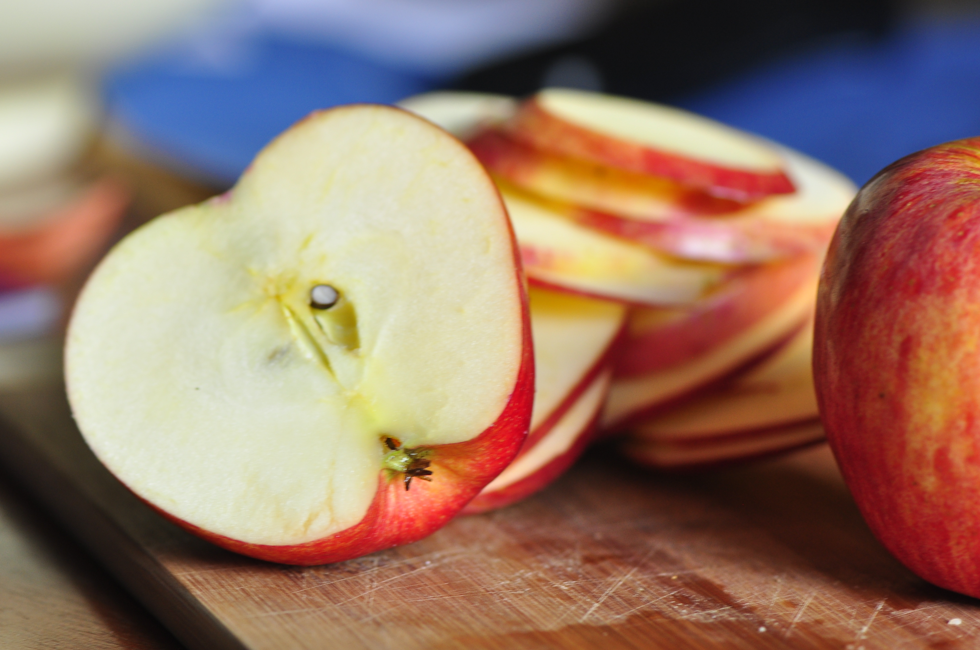 Baked Cinnamon Apple Chips The Vegetarian Ginger Watermelon Wallpaper Rainbow Find Free HD for Desktop [freshlhys.tk]