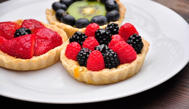 Lemon Tart with Berries and Kiwi