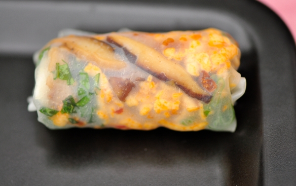 Rice Paper Roll with Shiitake, Yuuca and Tofu